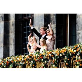 Koninklijke Familie op het balkon