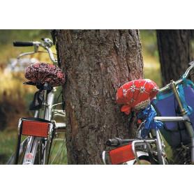 Fietsen tegen boom