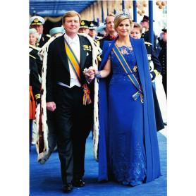Koning en Koningin op weg naar de Dam